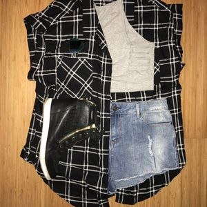 Tops - Plaid sleeveless top