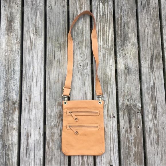 Avorio Italy Handbags - RARE AVORIO ITALY LEATHER CROSSBODY TOTE BAG PURSE cfb24b04fe07d