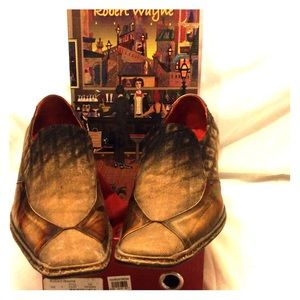 Tan - Denim - Distressed Robert Wayne shoes
