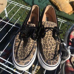 FLASH SALE! Cheetah print speedy