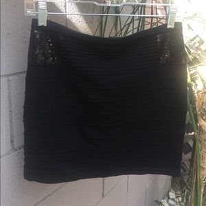 Forever 21 Skirts - Black zip up knit mini skirt with sequins
