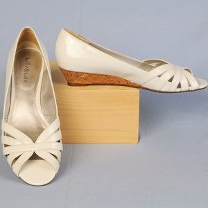 Kelly & Katie white, low wedge, peep toe shoes