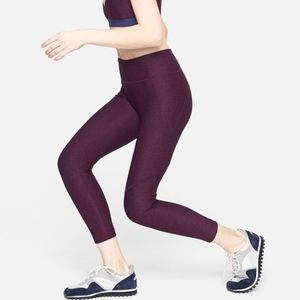 Outdoor Voices 3/4 Warmup Leggings Plum Small