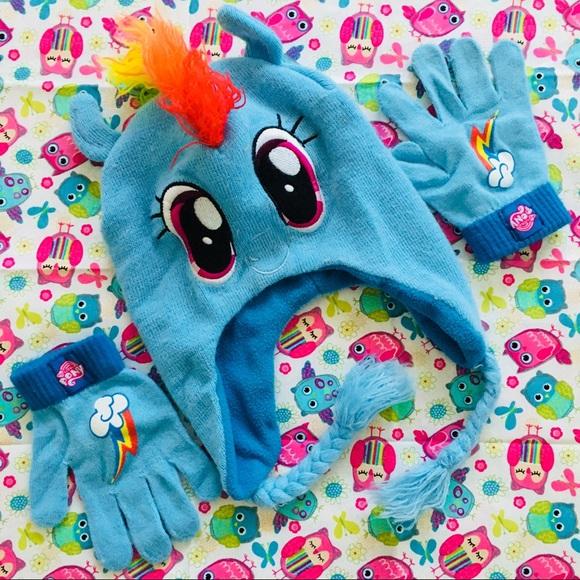 8dd7caa5857 My Little Pony Rainbow Dash Winter Hat Gloves Set