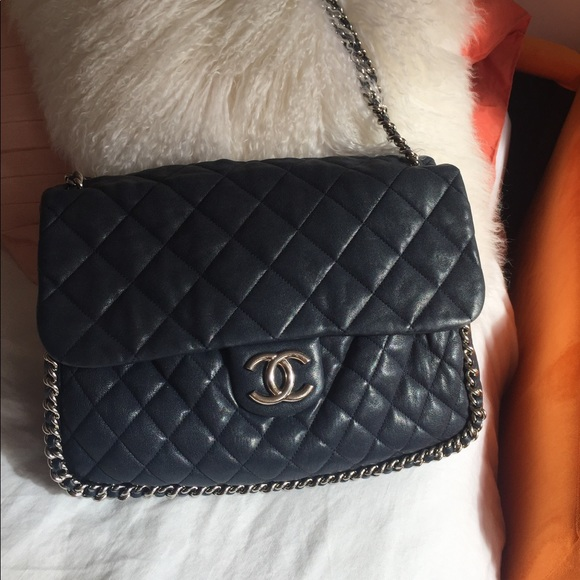 03c3eb8f0ea31a CHANEL Bags | Authentic All Round Chain Quilted Shopper | Poshmark