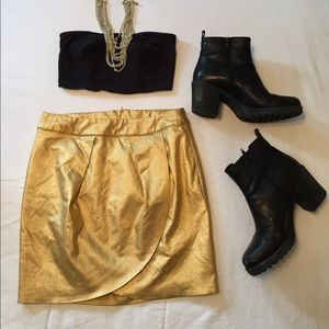 ✨Gold Mini Skirt ✨