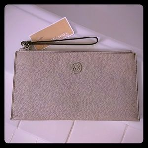 NEW Michael Kors wristlet