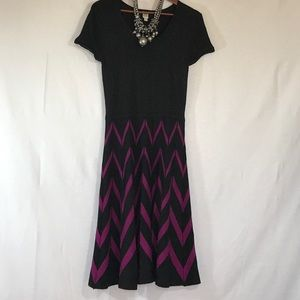 Dresses & Skirts - Fitted sweater dress