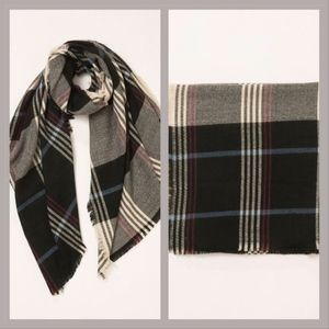 Accessories - Black plaid long wool scarf