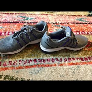reputable site 3e9a0 8f2cc Nike Shoes - NEW NIKE Max Dynasty - never worn - grey   purple