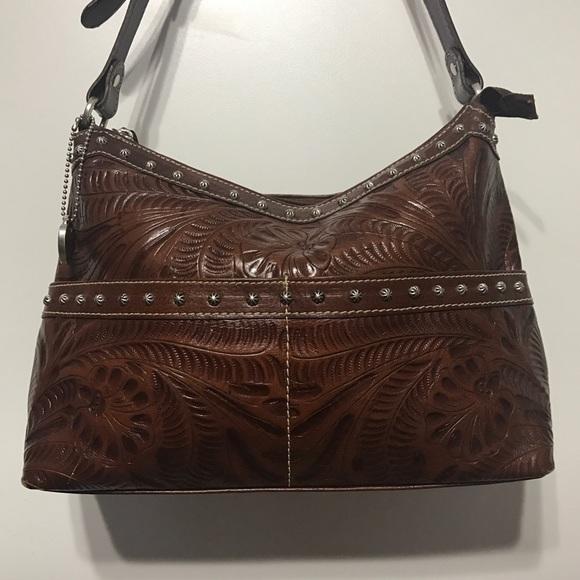 7c1d5a5b7215 American West Heartland Zip Shoulder Bag