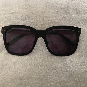 Ted Baker Black W/ Gold Sunglasses