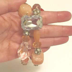 Jewelry - Boutique pink bracelet