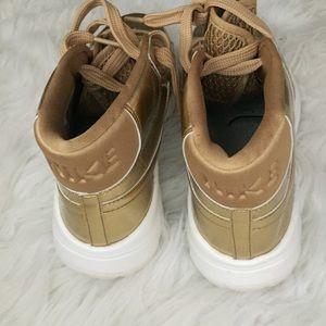 5e1693f4539 Nike Shoes - Women s NIKE Blazer Hi Top Golf Shoes Size 8.5