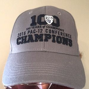 30ab3a2e466 Pac-12 Accessories - PAC-12 Championship Hat Beach Volleyball EUC