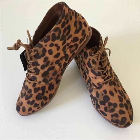 Dolce Vita Leopard Flat Booties Super