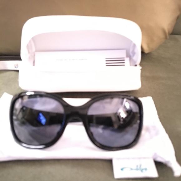oakley accessories authentic necessity sunglasses case poshmark rh poshmark com