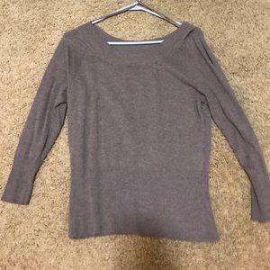 Like New - brown 3/4 sleeve top.  Medium