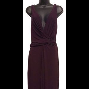 Vera Wang Dresses - Vera Wang Gold Label Burgundy Plunge Dress