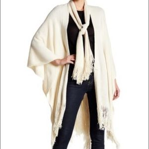 Just Jamie Scarf Tie Closure Solid Knit Ruana