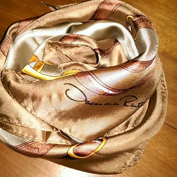 Oscar de la Renta Accessories - Oscar de la Renta silk scarf