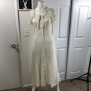 VTG 1980's Off White Formal Dress #046