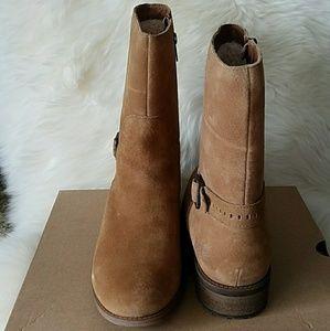 ae952a14538 UGG Keppler Chestnut Sheepskin Moto Short Boots NWT