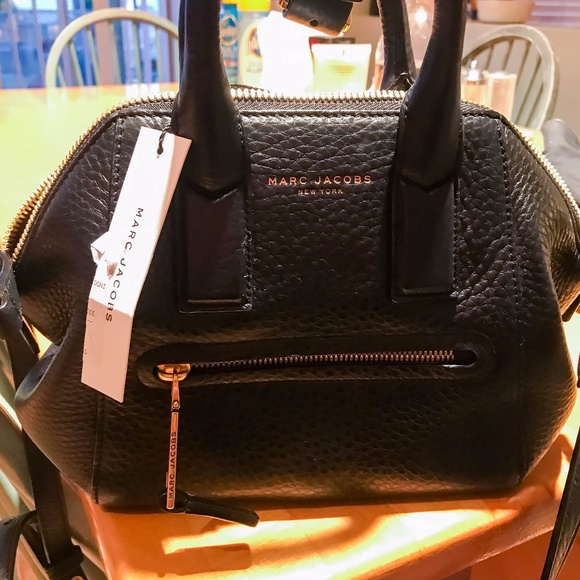 db33701925b2 Marc Jacobs Recruit East-West Leather Tote