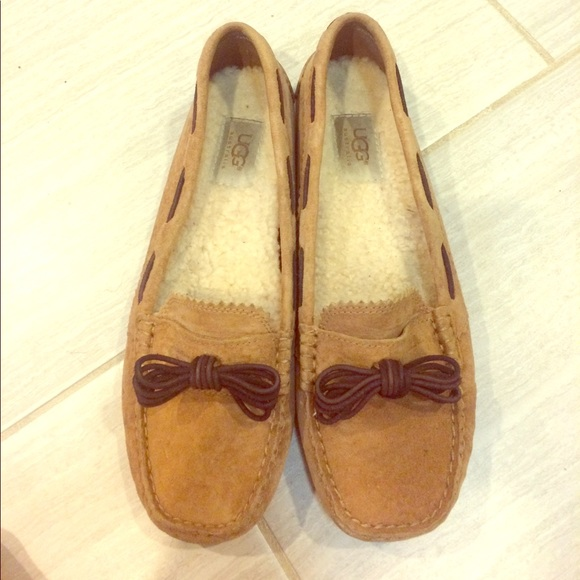 f072523f233 UGG Meena Loafer Size 9 Women's