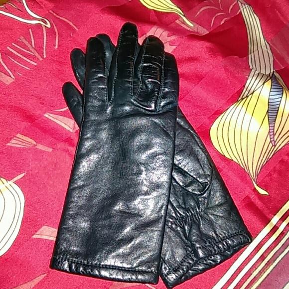 Vintage Accessories - Vintage Ladies leather gloves
