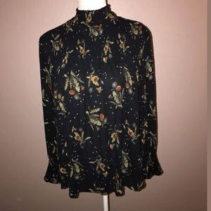 *NWT* Love Riche Floral Flowy Long Sleeve Small