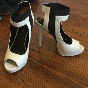 Black and white ankle strap heel