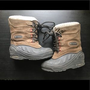 Boys Columbia snow/winter boots. Sz 12.