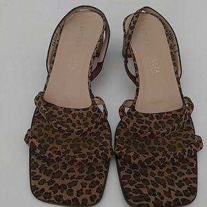 Bottega Veneta Leopard short heel