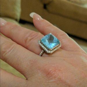 Jewelry - HUGE PRICE DROP!!Huge blue topaz &a diamond ring.