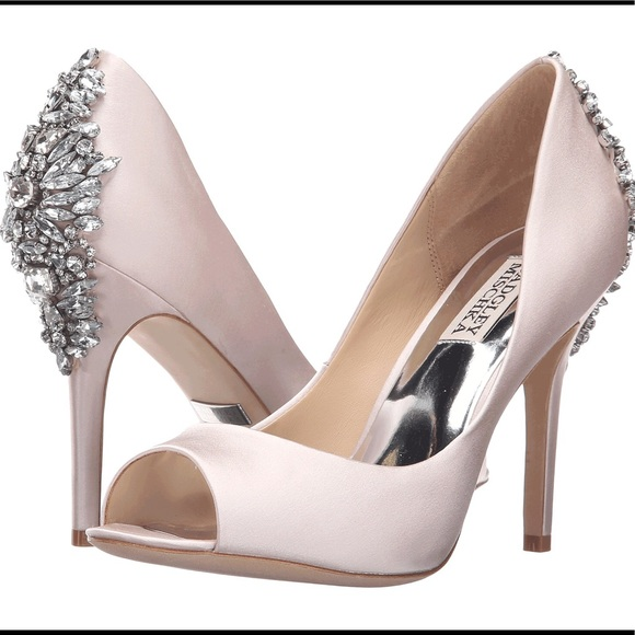 fe8289fa860 NWB Badgley Mischka Nilla peep toe pumps