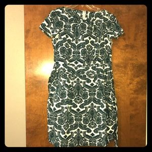 Dresses & Skirts - Mini dress with pockets and sleeve details