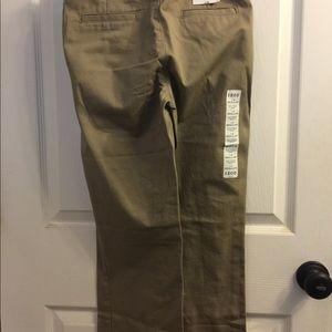 NWT Boy's IZOD Flat Front Khakis, Size 14