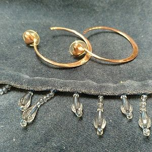 Jewelry - Rose-gold colored loop earring