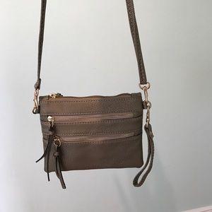 cute gold cross body / wristlet purse