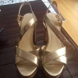 Nine West Cork/ Gold Heels