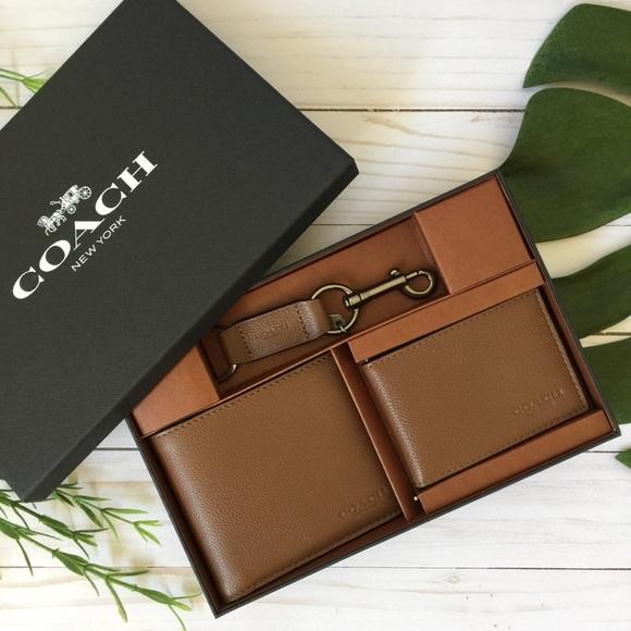 167f521aad8b8 NWT COACH Men ID Wallet Gift Set