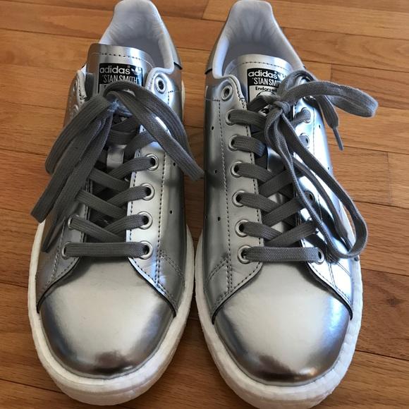 le adidas stan smith impulso silver 95 poshmark