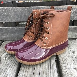 Bordeaux Leather Duck Boots! NEW!