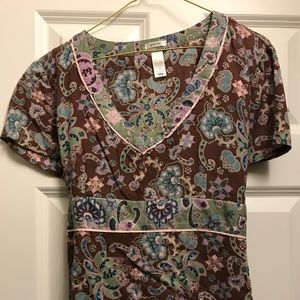 Women's M Perfect Fit Old Navy short sleeve shirt