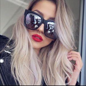 Quay On the Prowl black/silver sunglasses