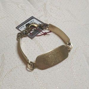 Jewelry - Gold band/bar bracelet