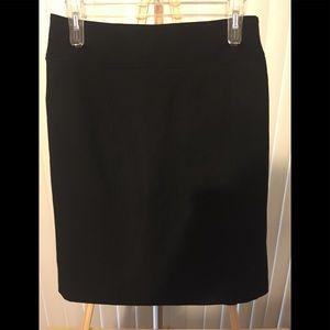 Black skirt size 10 w/ back zip.
