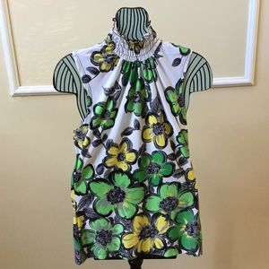 Tops - Top size small