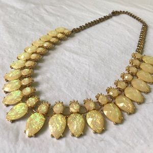 Jewelry - Opal style bib statement necklace